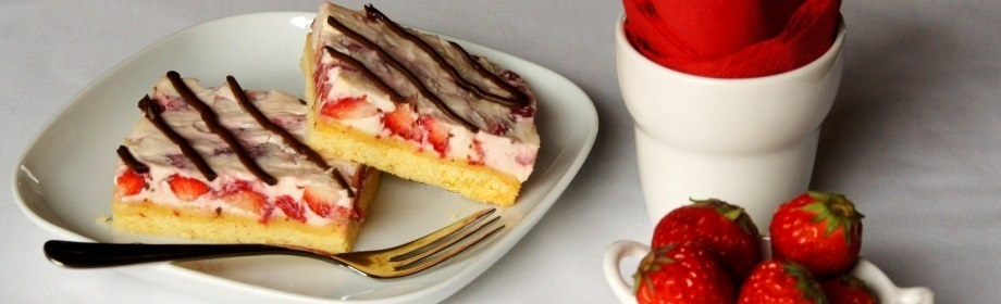 Strawberry and Mascarpone Slice