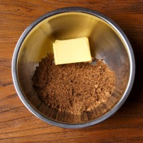 Brown sugar+butter in a bowl