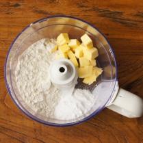 Flour+icing sugar+butter