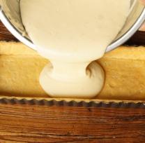 Pour filling into tin