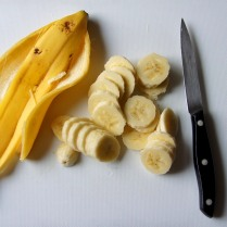 Slice the bananas