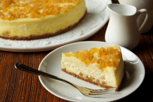 Glacé Ginger and Pineapple Cheesecake